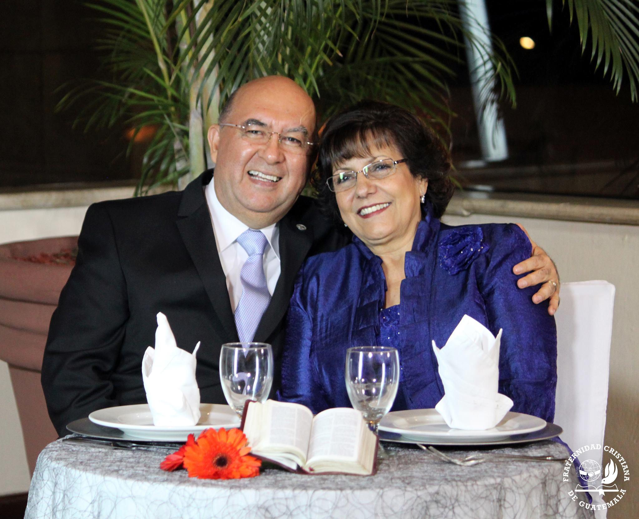 Matrimonios Catolicos Guatemala : Mis papás cumplen años de matrimonio y les comparto
